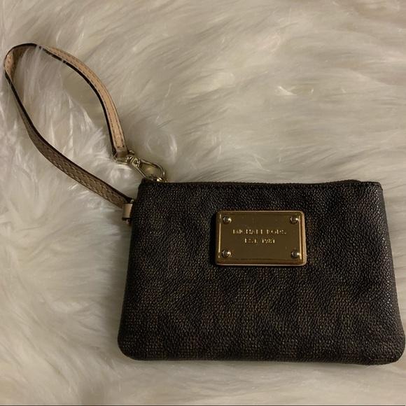 Michael Kors Handbags - Michael Kors coin purse